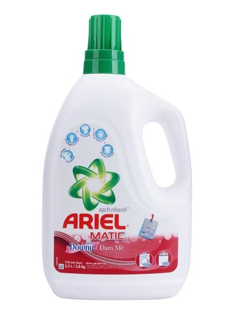 Ariel-With-A-Touch-of-Downdy-Detergent-Liquid-2.4L